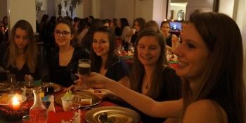 Lou à table